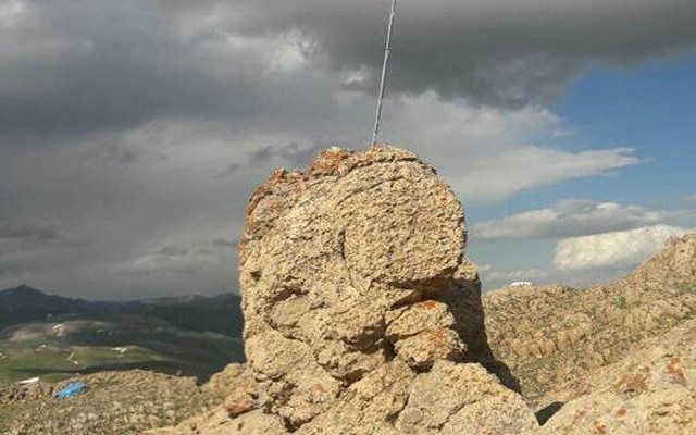 Şehit generalin gösterdiği hedefe bayrak çekildi